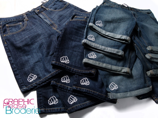 broderie graphic please marquage sur textile broderie sur short jean. Black Bedroom Furniture Sets. Home Design Ideas