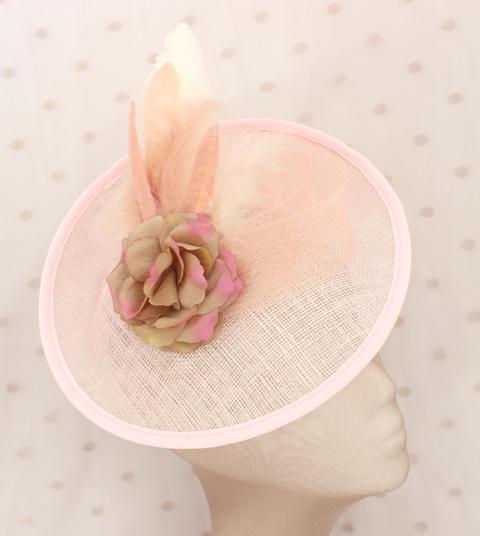 Colección La Playa - Tocado Plato Rosa Flor