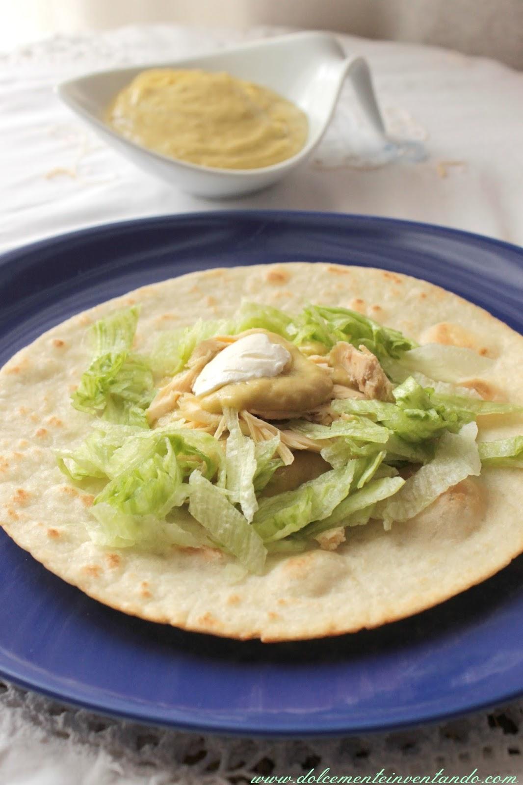 tostadas de pollo...uno dei miei piatti preferiti della cucina messicana!