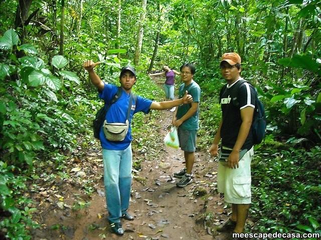 Caminata a las cascadas del Shilcayo, Perú (Checa, Juanito, Gina y el Caminante)