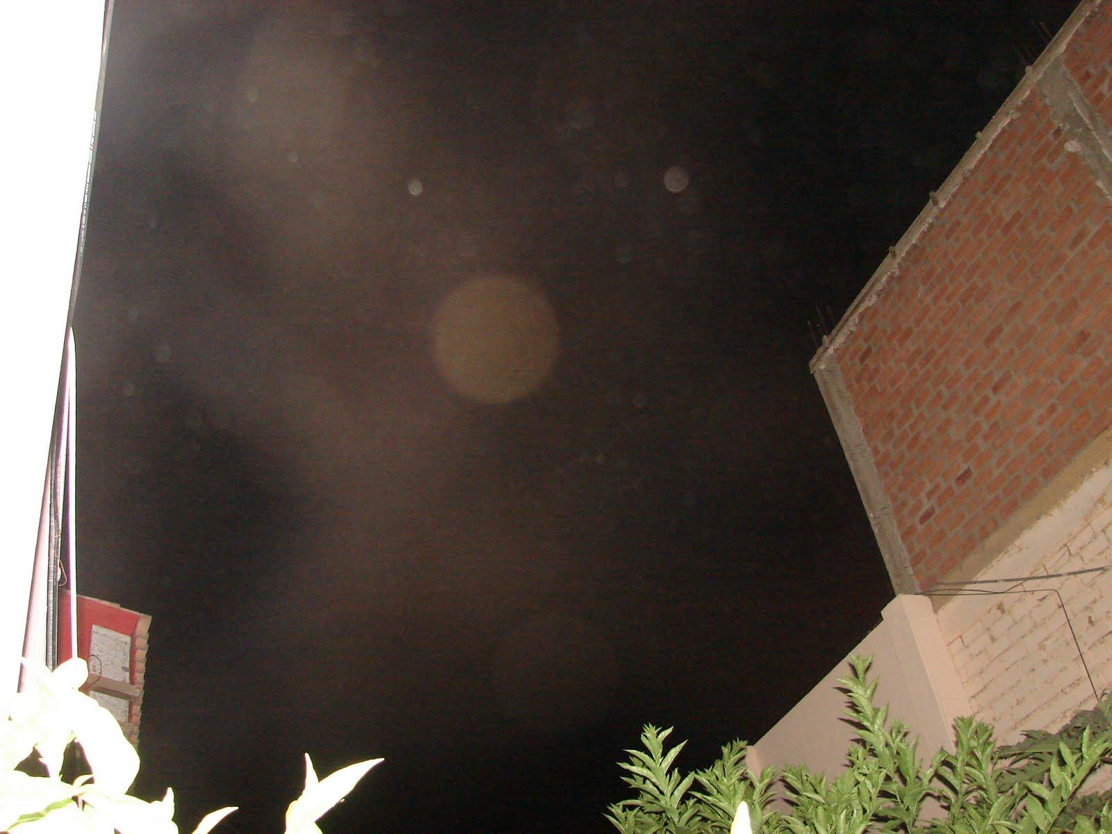 atencion -13-septiembre-14-15-16-17...2011 5ta noche la ´´X´´ rojisa ALIEN en Cielo mensaje álertas