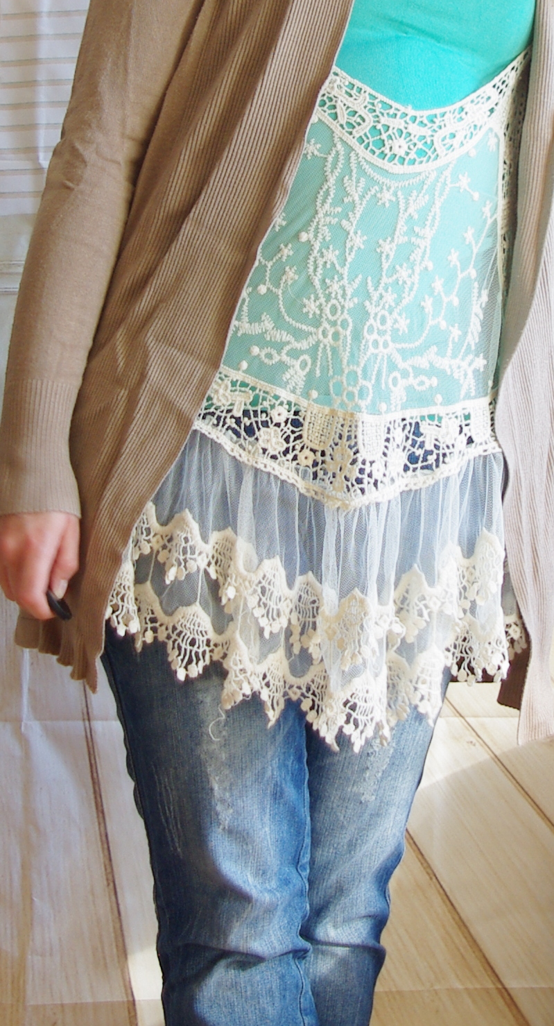 Outfit Mint und Spitze