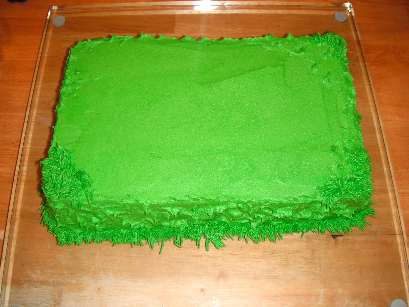 Cake Decorating Making Grass : P-ART-Y: How to Make a Soccer Goal Post Cake