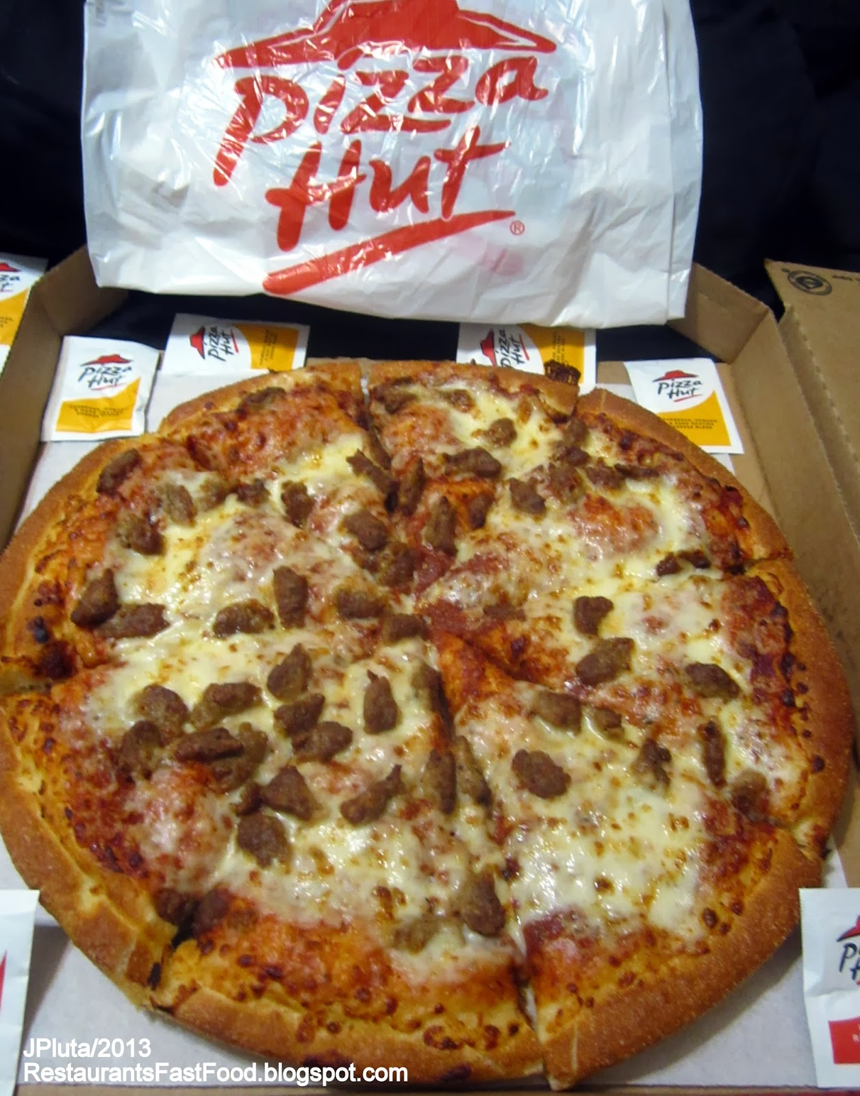 pizza hut and mcdonald's Donald and ivana trump starred in the pizza hut advertisement that kicked off the success of the chain's stuffed-crust pizza in 1995 pizza hut had struggled to sell the new stuffed-crust until.