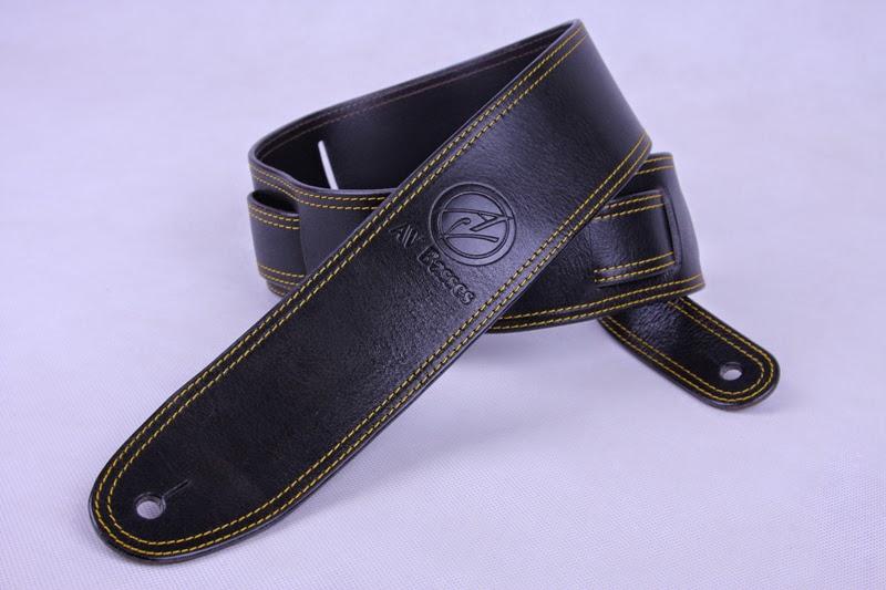 http://2.bp.blogspot.com/-jg9eBXB5sN8/U2lNu2QJOTI/AAAAAAAAEN4/eadhKz0vBnI/s1600/AV+Basses+Leather+strap+Black_Gold.jpg