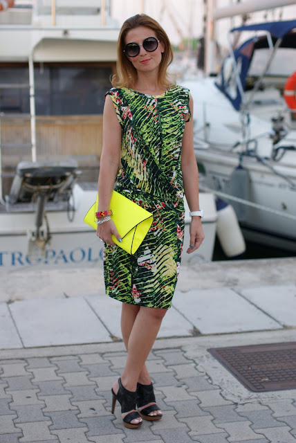 Kenzo Jungle print dress, round sunglasses, Lanvin sandals, Fashion and Cookies