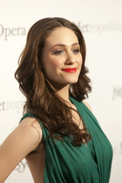 TOP 20 Celebrity Emmy Rossum Fashionable Hairstyles 20