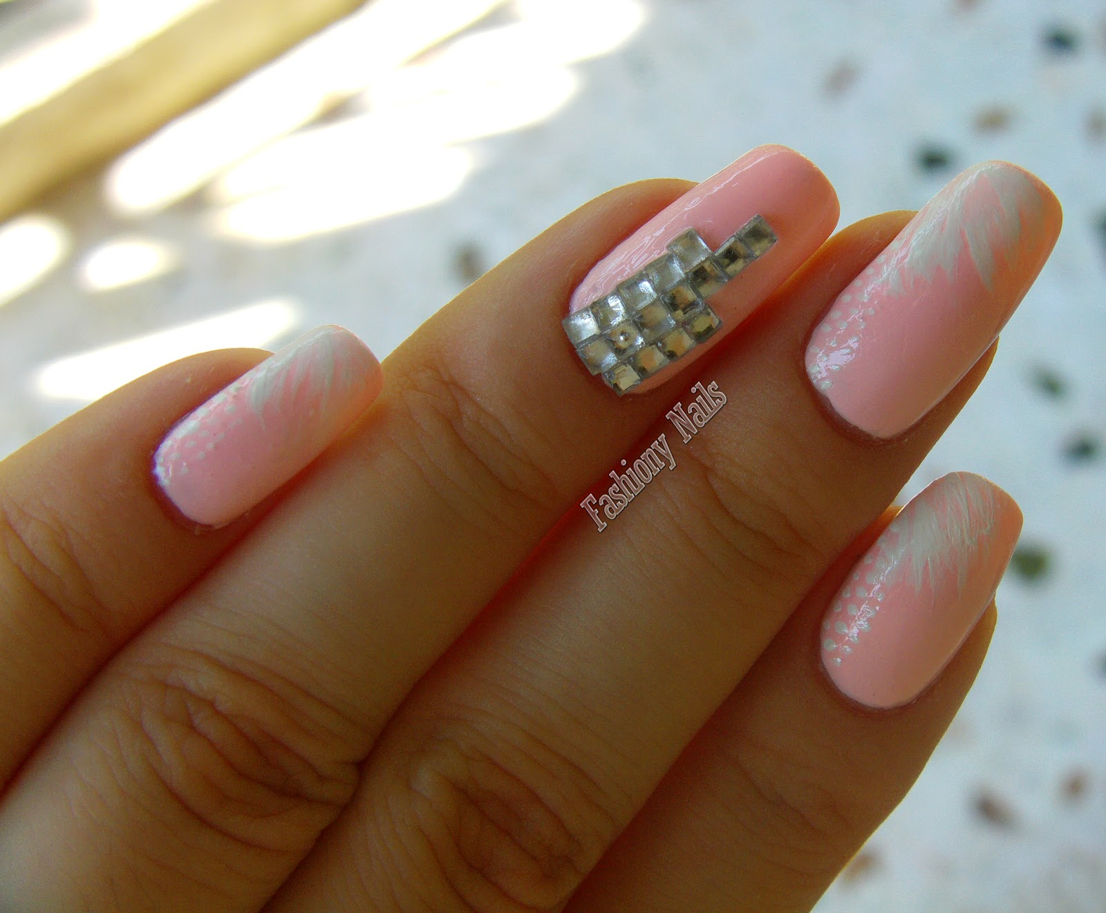 Nails with studs | Fashiony Nails | Beauty Blog
