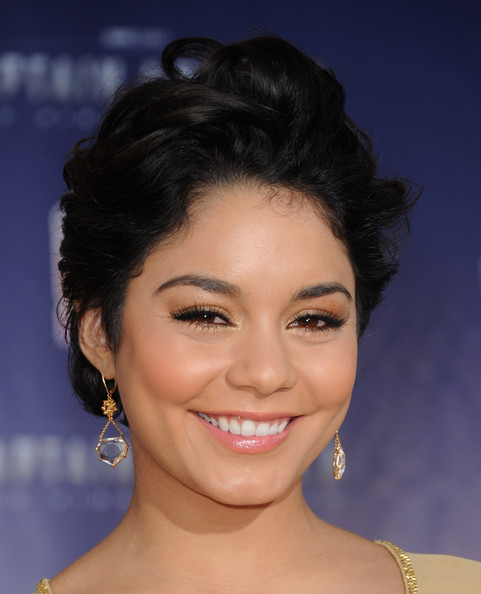 Vanessa Hudgens Hairstyle Image Gallery, Long Hairstyle 2011, Hairstyle 2011, New Long Hairstyle 2011, Celebrity Long Hairstyles 2028