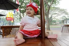 gambar foto bayi ceria