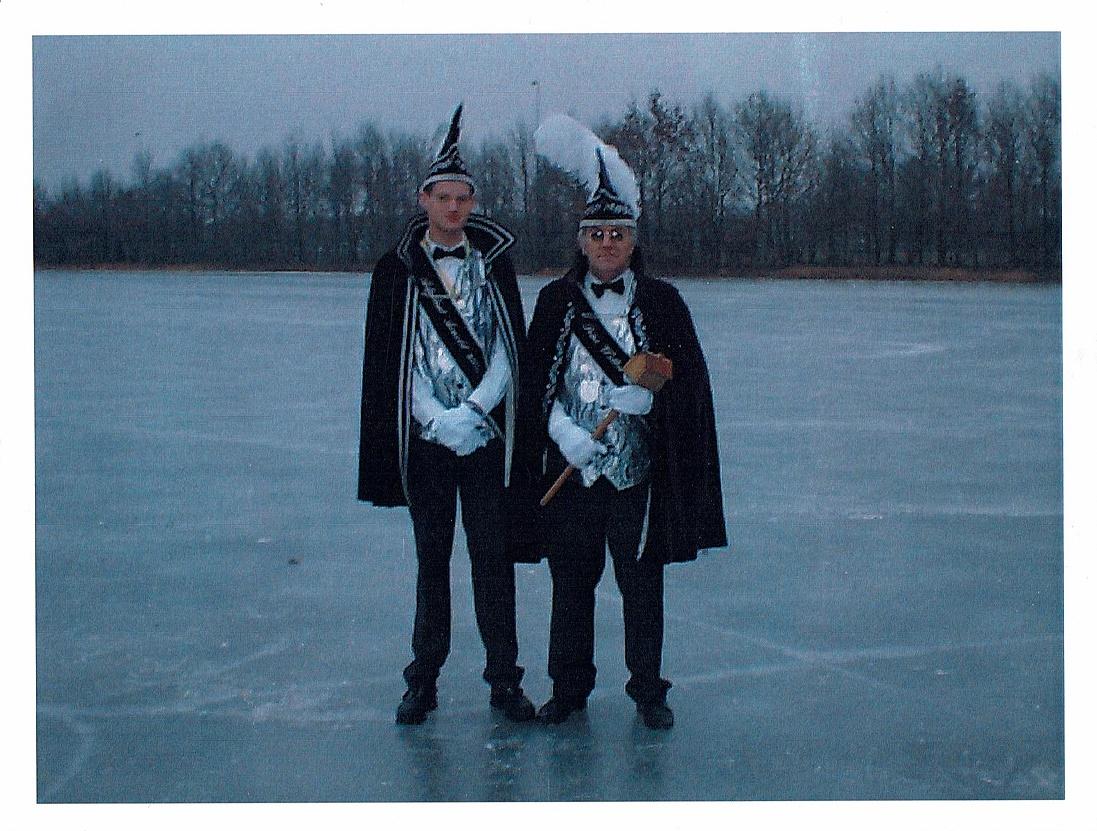 Prins Wolter 2e en adjudant Arnold 2002/2003: