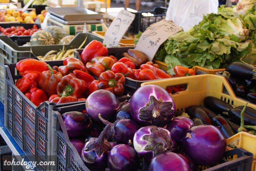 Район Campo dei Fiori, фермерский рынок