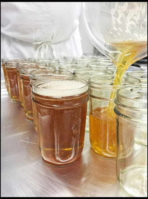 Mulher planeja lançar a primeira geleia do mundo feita só de cerveja