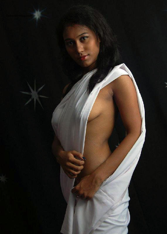 Kama Ranulu: Kerala model as staff nurse showing glimpse of tits ...