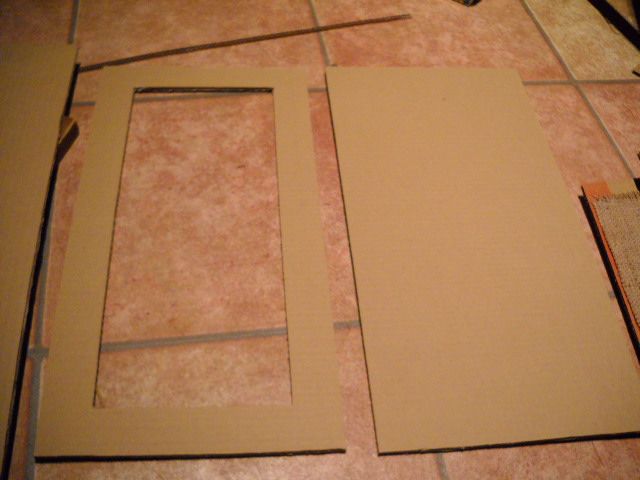 how to make a fake door out of cardboard