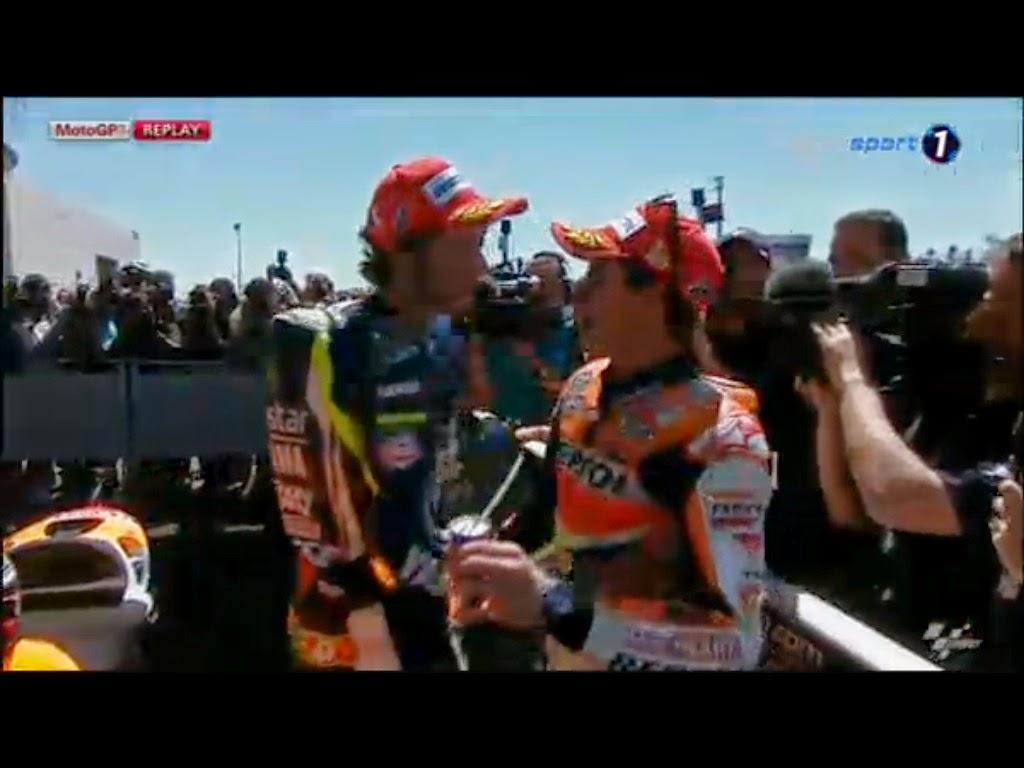 Velentino Rossi Action in Le Mans Circuit 2014 Valentino Rossi - marc marquez