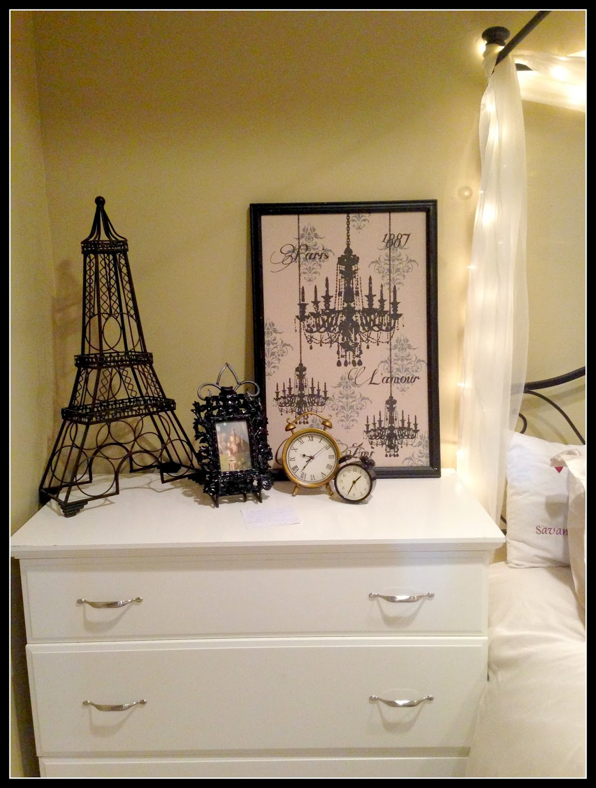 secret agent paris themed bedroom