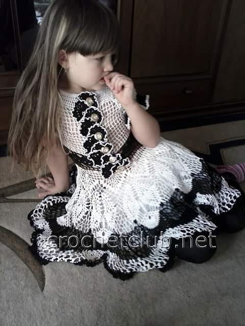#685 Patrón de Vestido de Niña a Crochet