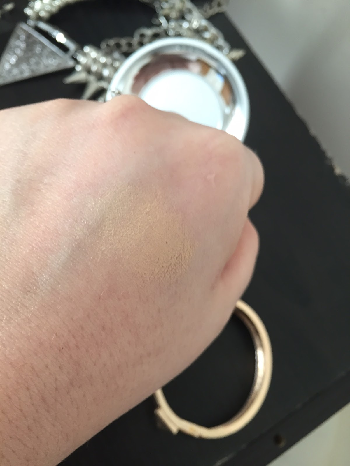 Cushion Foundation Swatch
