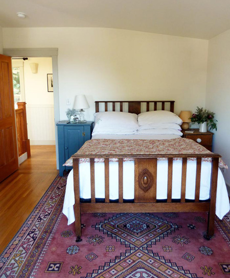 interiors mismatched bedside tables pallet furniture