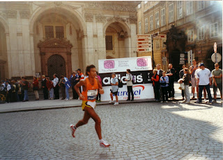 MARATON DE PRAGA 2001
