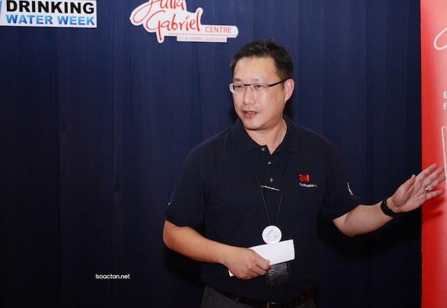 Lewis Wong, General Manager of 3M Industrial Business Group.