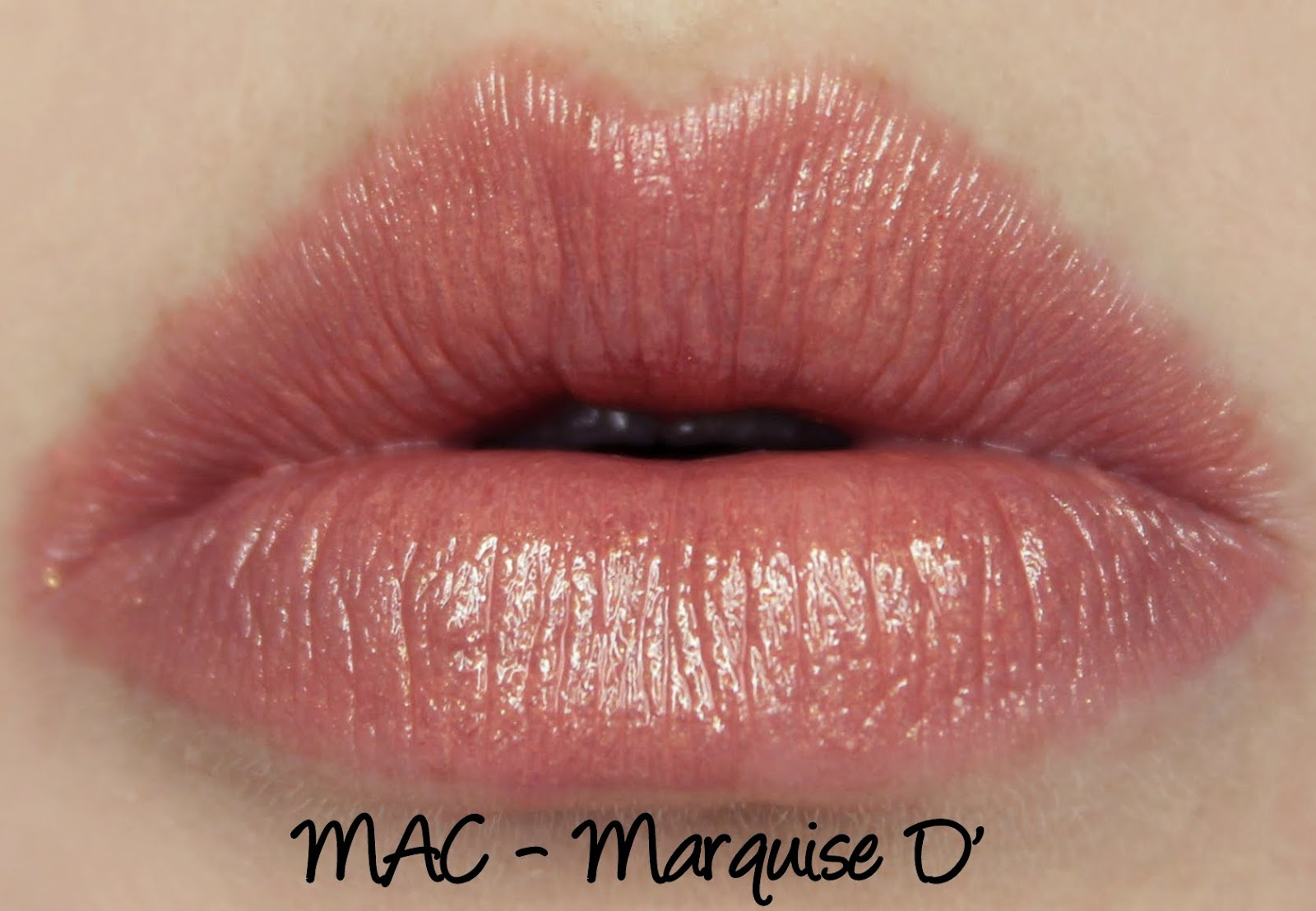 MAC Monday: Wonder Woman - Marquise D' Lipstick Swatches & Review