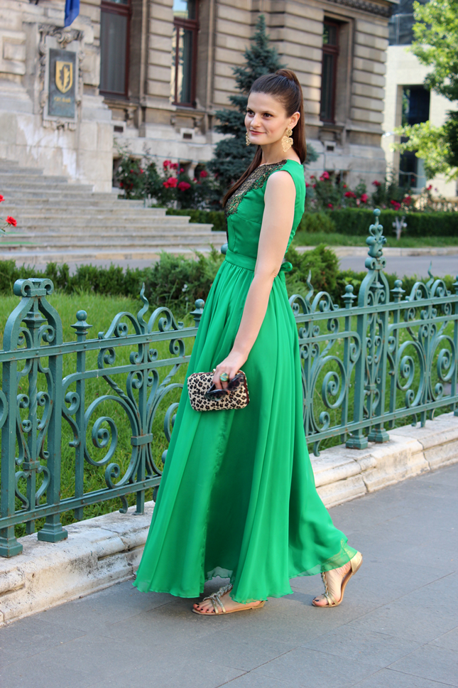 Pop culture and fashion magic the green maxi dress for Summer maxi dress for wedding