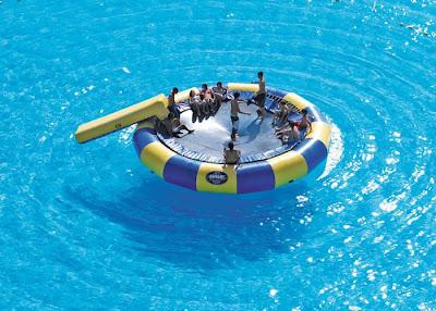 bassein 0006 أكبر و أنقى حمام سباحة في العالم بتكليف خمسة بلاين جنية استرليني  في تشيلي
