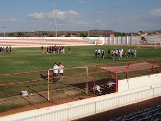 Treino no Estádio Inaldão.