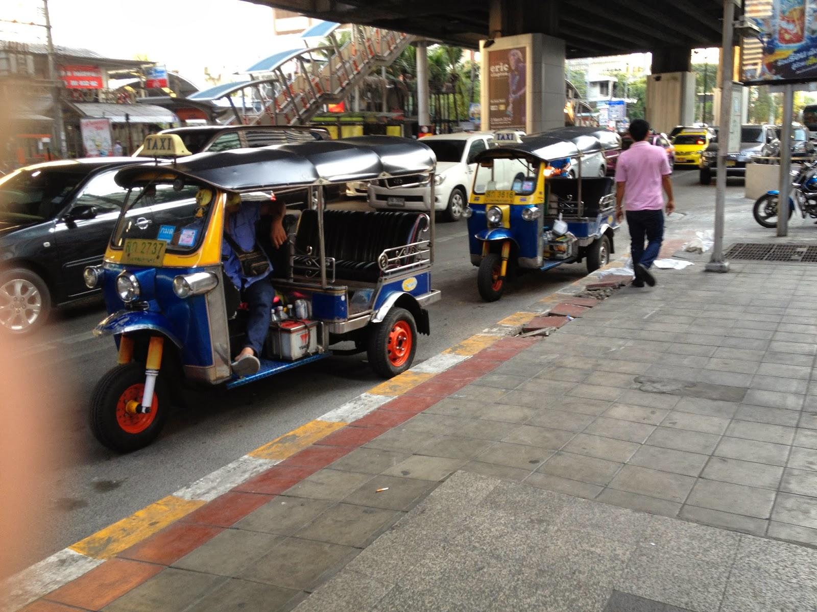 thajsko, thajsko na vlastní pěst, thajsko bez cestovky, dovolená v thajsku, rady do thajska, rady na dovolenou v thajsku, kam zajít v bangkoku, co navštívit v Bangkoku, co navštívit v Thajsku, blog o thajsku, blog o životě v asii, blog o životě v zahraničí, češka žijící v thajsku, fashion house, fashionhouse, fashionhouse.cz, fashion house blog, blog fashion house, víza do thajska, kam do thajska, cestování po thajsku, phi phi ostrov, ostrovi krabi, blog o cestování, nejlepší český blog, česká blogerka, nejlepší blog o cestování, letenky do thajska, levné letenky do thajska, singarůr bez cestovky, singapůr na vlastní pěst, malajsie bez cestovky, malajsie na vlastní pěst, dubai bez cestovky, dubai na vlastní pěst, víza dubai, dovolená v dubaji, dovolená v singapůru, dovolená v malajsii, malajsie na vlastní pěst, malajsie bez cestovky, thajské jídlo, česká blogerka, nejlepší blog, pláž v thajsku, dovolená v thajsku, dovolená phuket, maya beach, pláž z filmu Pláž, cestování na vlastní pěst, cestování bez cestovky, thajsko bez cestovky, ráj na zemi, pláž, thajská pláž, kam na dovolenou, maya beach, pláž maya beach, pláž phuket,dámské oblečení, dámské stylové oblečení, značkové oblečení, oblečení ze zahraničí, zahraniční eshop, eshop s poštovným zdarma, letní šaty, eshop s dámkým oblečením, eshop výprodej, dlouhé šaty, sexy mini šaty, černé šaty, zlaté doplňky, asijská móda, thajsko, dovolená v thajsku, dovolená v dubaji, thajsko na vlastní pěst, thajsko bez cestovky, dovolená v thajsku, dovolená v dubaji na vlastní pěst, dovolená v dubaji bez cestovky, dubaj bez cestovky, thajsko bez cestovky, češi v zahraničí, czech expat, stylové oblečení, eshop s levným oblečením, Departure Card, cestování po thajsku, cestování thajsko, vízum Thajsko, potřebuju do thajska vízum, blog o cestování na vlastní pěst, cestování bez cestovky, blog o thajsku, tuk tuk thajsko, tuk tuk bangkok, pláž v thajsku, dovolená v thajsku, dovolená phuket, maya beach, pláž z filmu Pláž, cestování na vla