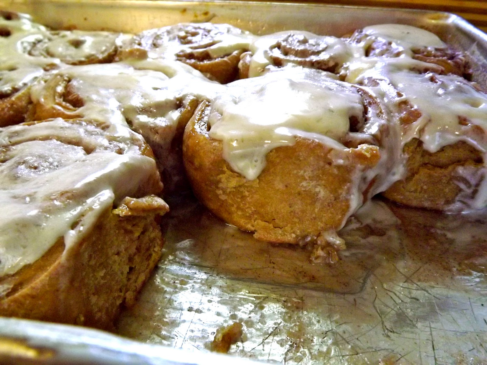 ... Menus and Recipes: Pumpkin Cinnamon Rolls with Cream Cheese Frosting