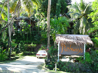 Entrance to Pathways Hotel in Yap - Courtesy of 2.bp.blogspot.com