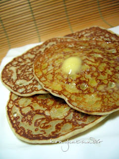 buttermilk-oatmeal-pancakes