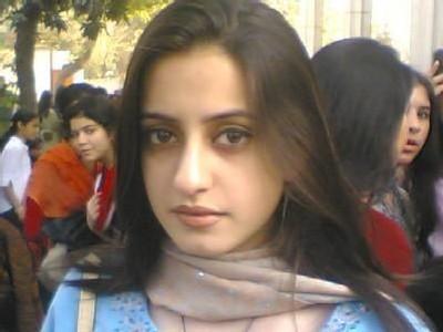New mobile phone blog pakistani girl wallpapers 22 for Home wallpaper karachi