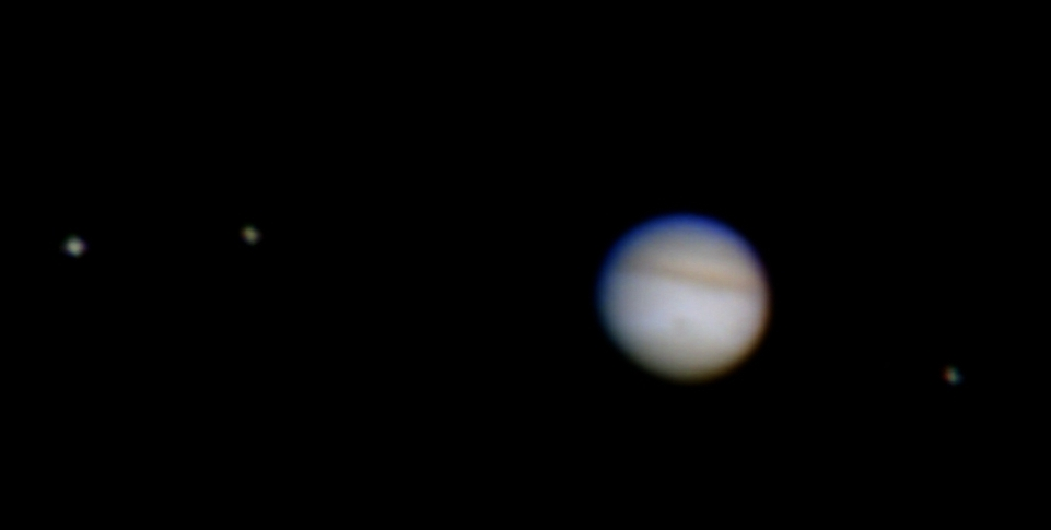 the galilean moons Galilean moons synonyms, galilean moons pronunciation, galilean moons translation, english dictionary definition of galilean moons n any of the four large satellites of the planet jupiter – io, europa, ganymede, or callisto – discovered in 1610 by galileo noun 1.