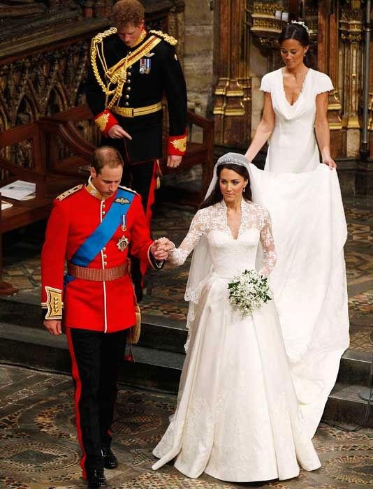 william and kate wedding dress. (Prince Harry and Kate younger
