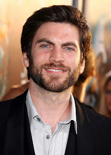 Wes Bentley join American Horror Story: Hotel