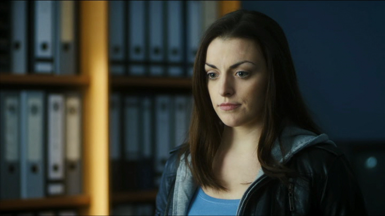 Nora Jane Noone Twitter Nora-jane Noone as Kate Noonan