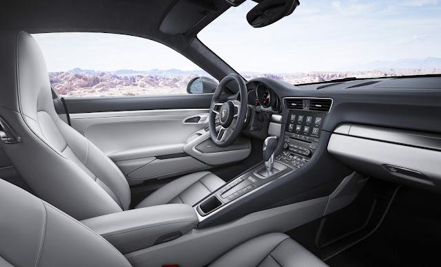 Porsche 911 Turbo S 2016 - interior cinza
