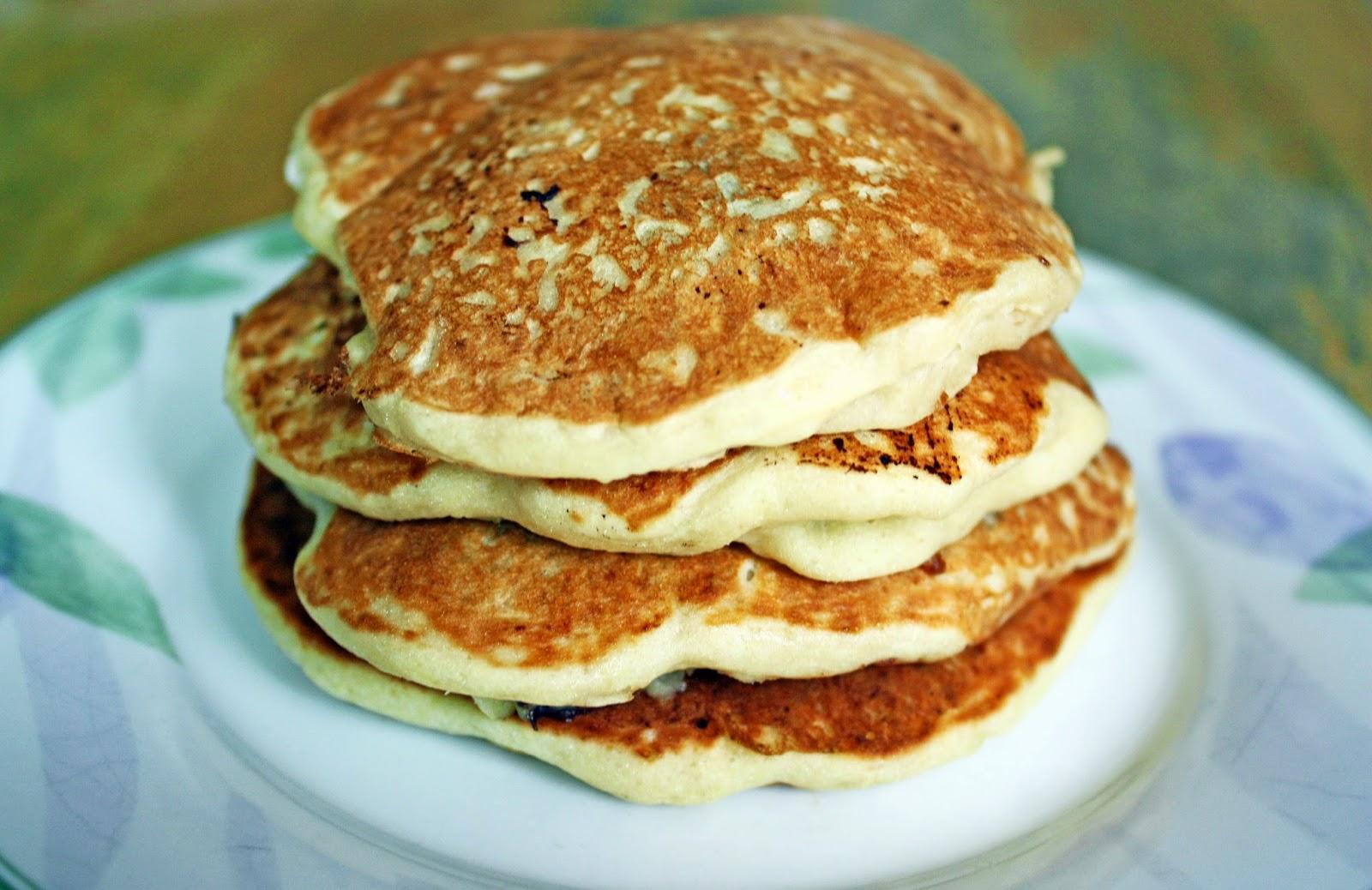 vegan chocolate chip cookie dough pancakes