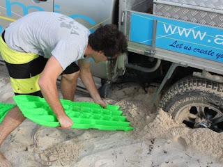 TRED Bergehilfe Sandblech