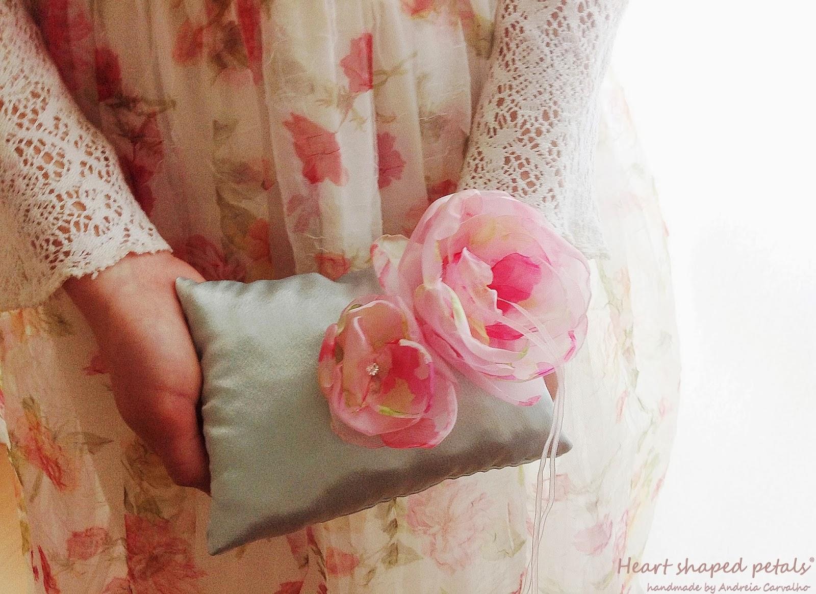 Porta alianças almofada estilo romantico