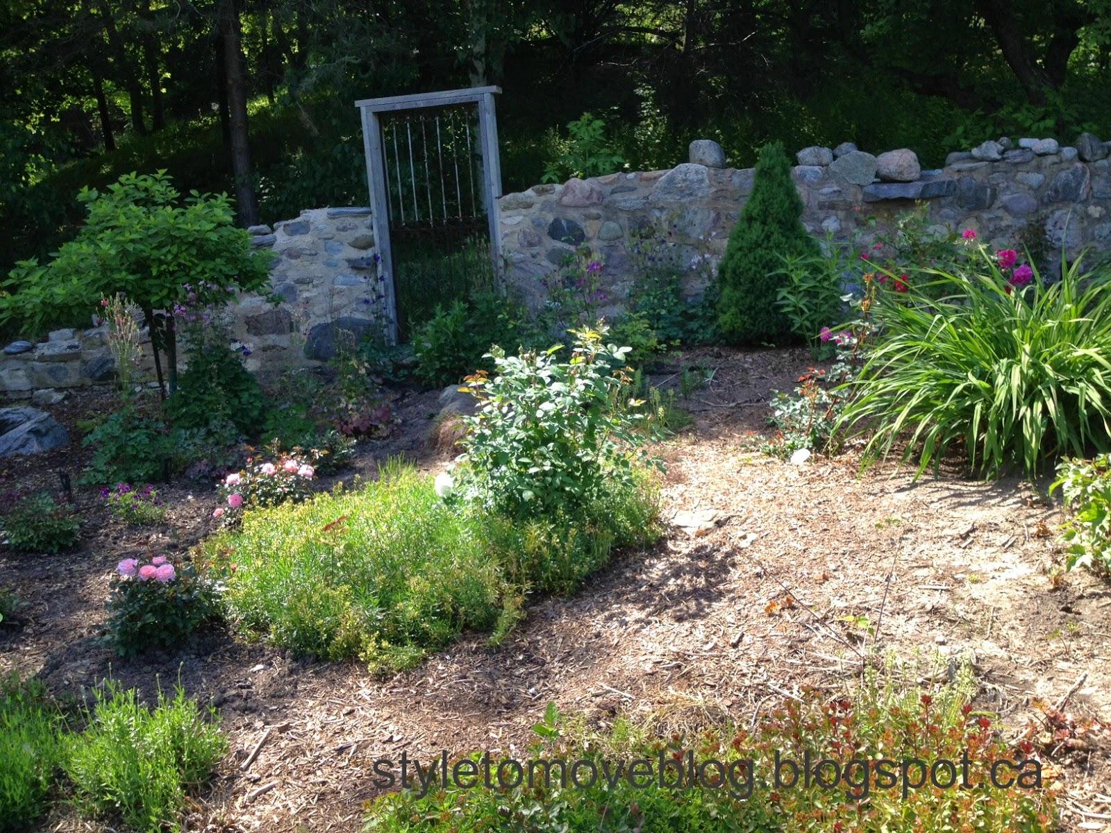 style to move blog: Country Garden Tour