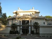 hotel del prado entrada principal  uruguay