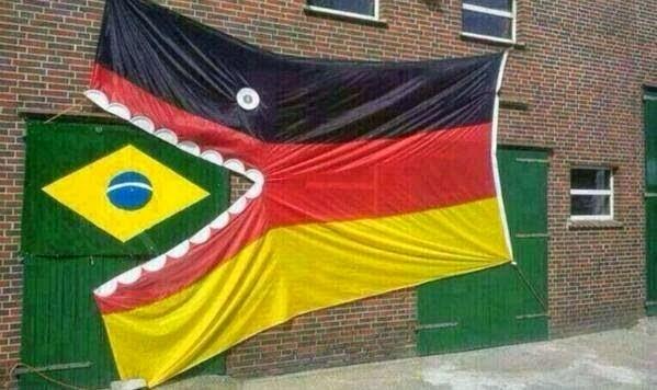 Ảnh chế vui về trận thua của Brazil với Hà Lan