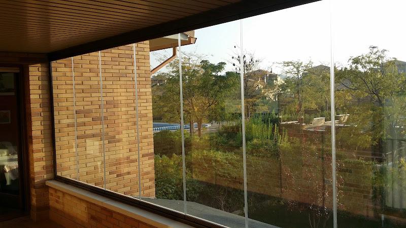 cerramientos-cortinas-de-cristal-terrazas