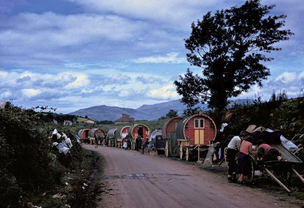 Кибитки ирландских кочевников.
