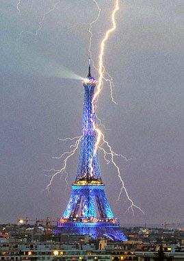 Radiochips la torre eiffel y las ondas for Creador de la torre eiffel