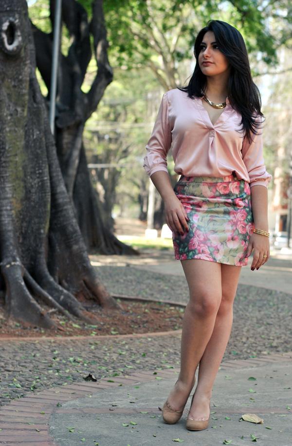Bárbara Urias - look flora de primavera